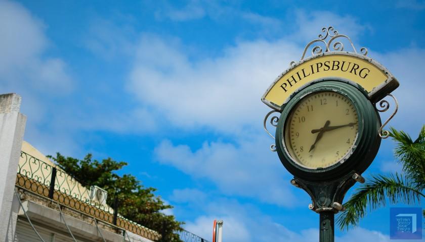 St Maarten Clock